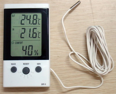 Indoor/Outdoor Thermometer Hygro  DT-3